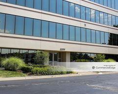Laurel Office Park II - Livonia