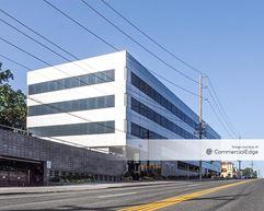 The Roslyn Center - Roslyn