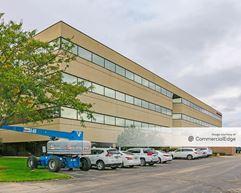 Executive Center VI - Brookfield