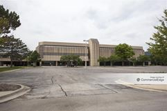 Kemper Lakes Business Center - Two Corporate Drive - Lake Zurich