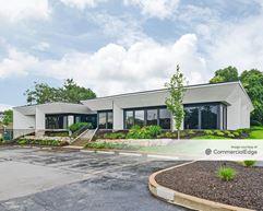 Craig Executive Center - Maryland Hts.