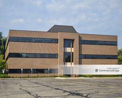 Northbrook Office Park - 2944 Fuller Avenue NE - Grand Rapids