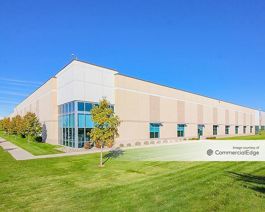 Valley View Business Center - 501 Shenandoah Drive