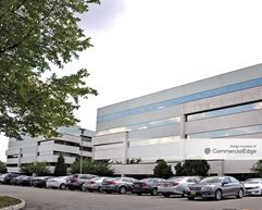 Skyline Corporate Center - Lyndhurst