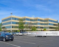 Oakmont Corporate Center - Westmont