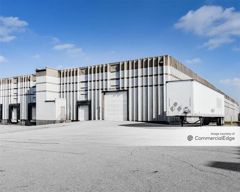 Logistics Pointe Distribution Center - 1675 Watkins Road