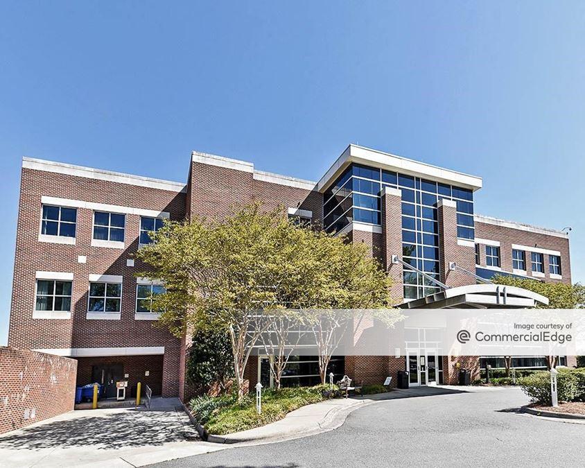 Wake Forest Baptist Medical Center - Miller Plaza
