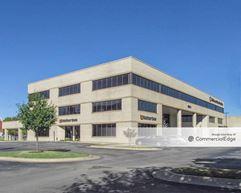 901 North Lincoln Blvd - Oklahoma City