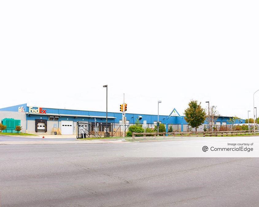 Grays Ferry Crescent - 3600 Grays Ferry Avenue