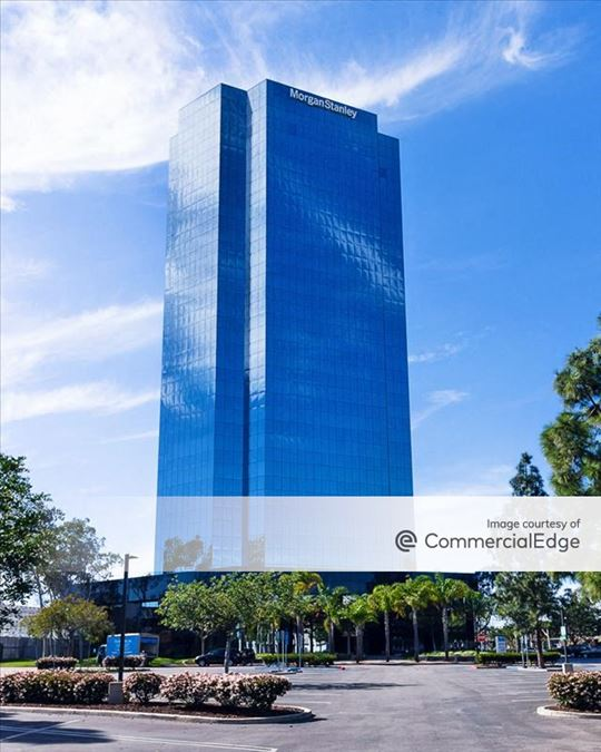 Topa Financial Plaza - 300 Esplanade Drive