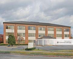 Crestwood Professional Building - North Little Rock