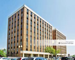 Spring Mall Office Building - Springfield