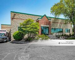 Oakdale Business Center 1-4 - Oakdale