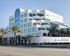 Douglas Center - 4060 North Lakewood Blvd - Long Beach