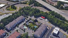 320 Molnar Drive - Elmwood Park