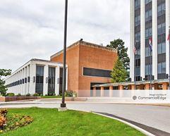 Maritz North Campus - 1301, 1355, 1375 & 1385 North Highway Drive - Fenton