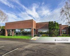 Pacific Corporate Center - Buildings 7, 8, 9 & 10 - Portland