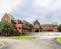 Marketplace Office Building - Middletown