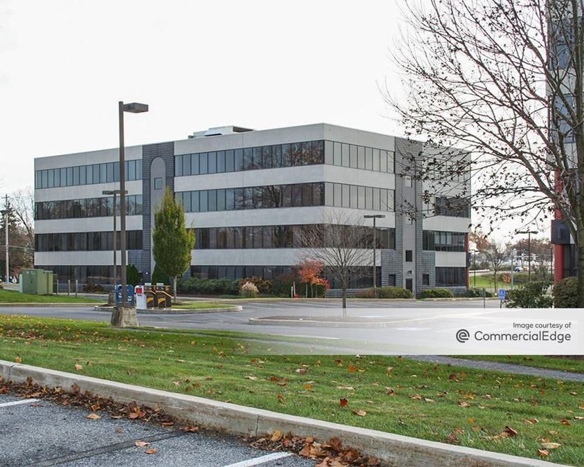 Executive Park West II