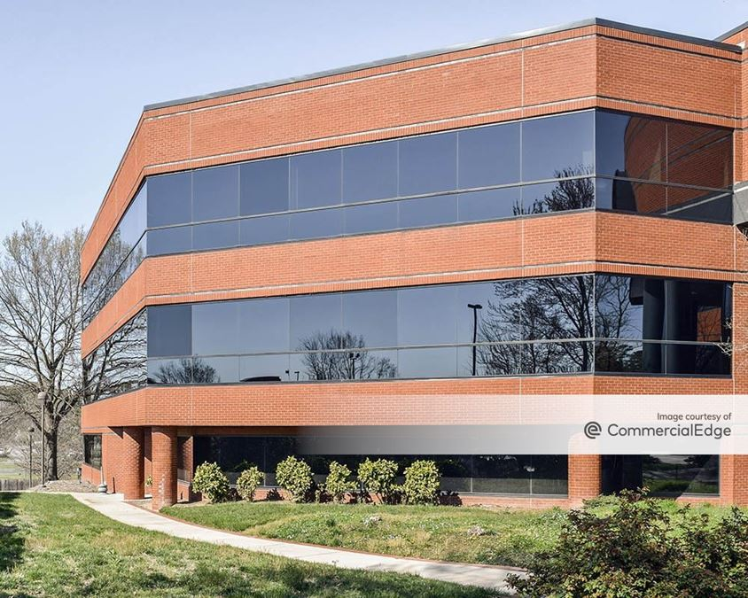 South Square Corporate Center II