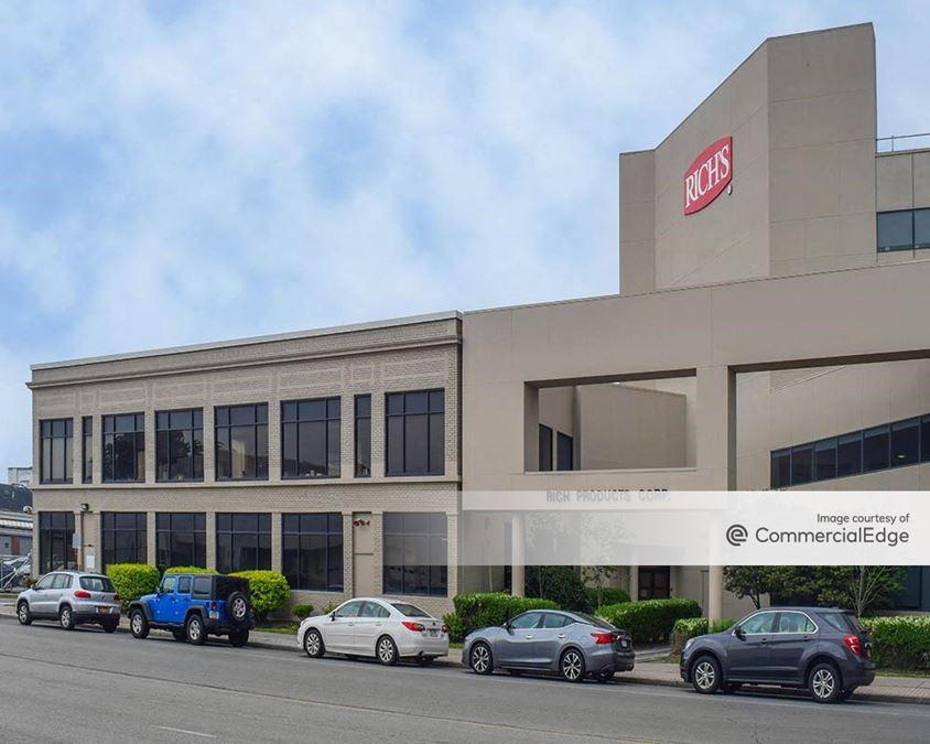 Rich Products World Headquarters - 1150 Niagara Street