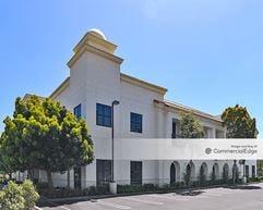 Marian Hancock Medical Building - Santa Maria
