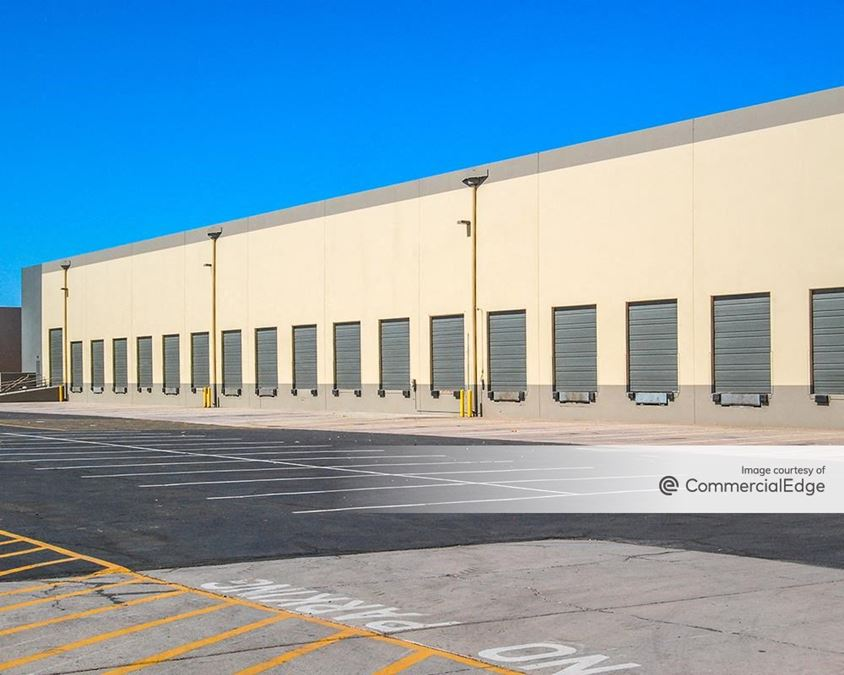Reywest Commerce Center - 3555 West Washington Street