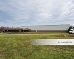 Renaissance Business Park - 787 Renaissance Pkwy - Painesville