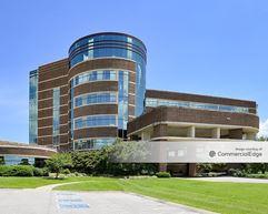 Skyline Medical Plaza - Madison