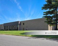 1095-1245 Towbin Avenue & 1650 Corporate Road West - Lakewood