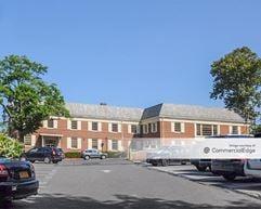 1400 Old Northern Blvd - Roslyn
