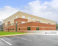 Crossroads Professional Building - Waterford