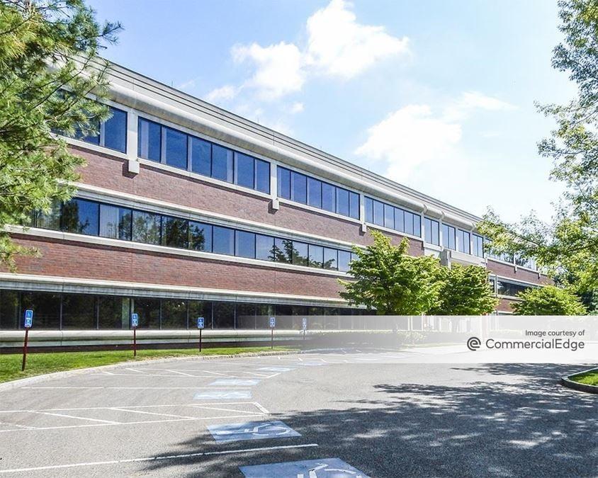 Meditech Executive Center - 200 Lowder Brook Drive