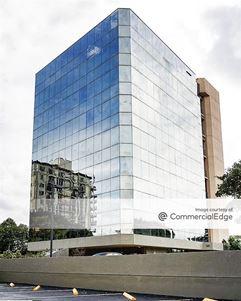 The Road Professional Center - Miami