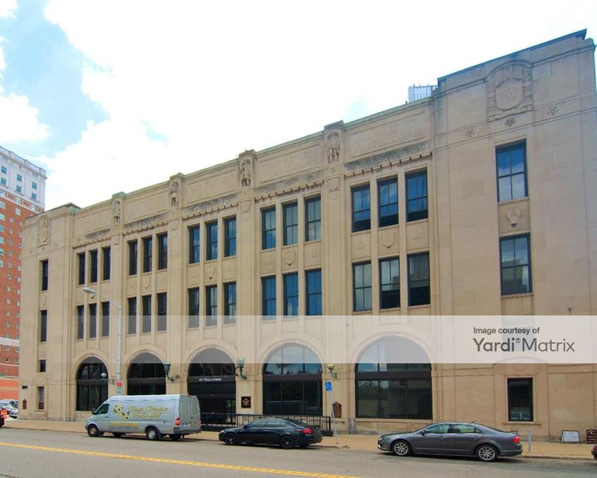 Detroit Media Partnership Building