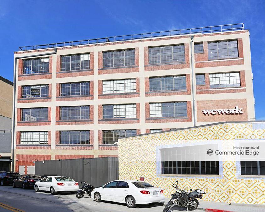 Maxwell - 405 South Mateo Street