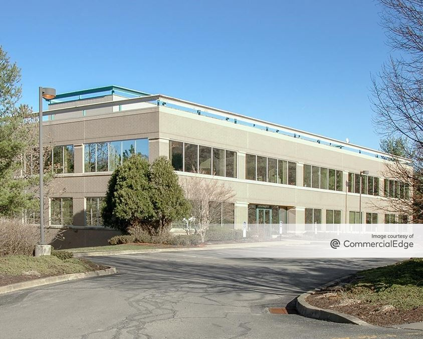 Southpointe Industrial Park - 500 Technology Drive