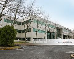 Freehold Executive Center - Freehold