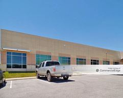 Network Crossing - Buildings 4 & 5 - San Antonio
