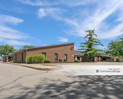 Lake Plaza Office Park - Indianapolis