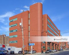 Children's Hospital of Pittsburgh of UPMC - Administration Building - Pittsburgh