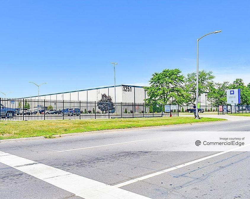 General Motors Pontiac Redistribution Center