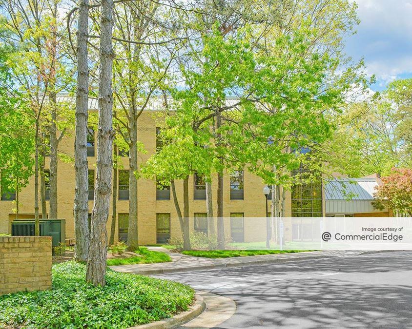Beauregard Professional Center - 1900 North Beauregard Street