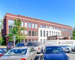 Matthews Parkway Corporate Center - Matthews