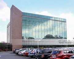 Radnor Financial Center - 555 East Lancaster Avenue - Radnor