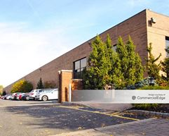 Russo Business Campus - 430 Commerce Blvd - Carlstadt