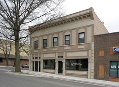 135 Oak Avenue - Bonner Springs