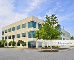 Park Place Business Center - 45310 Abell House Lane - California