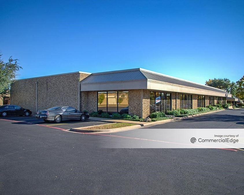 Oakhollow Business Park