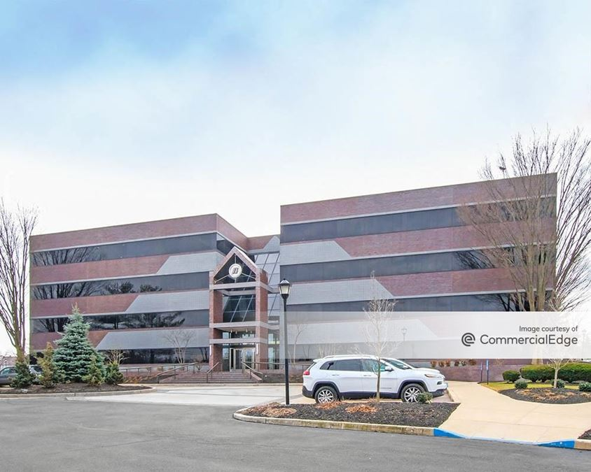 Greenfield Corporate Center East - High Companies Corporate Offices
